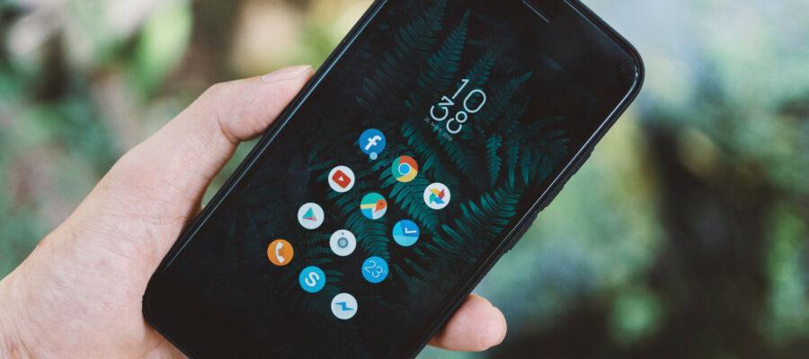 Blick auf ein Smartphone